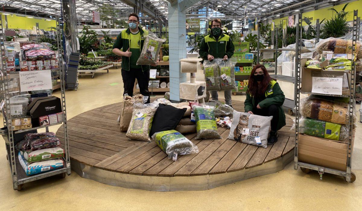 Spendenubergabe Bei Pflanzen Kolle In Unterhaching Tierschutzverein Landkreis Erding E V